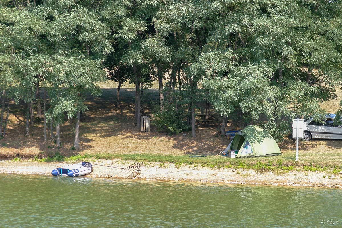 La pêche sur la Lac de Mervent 3