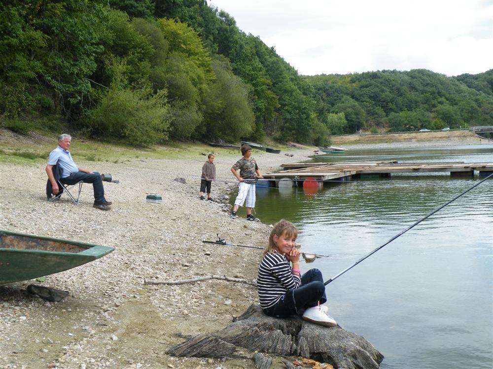 La pêche sur la Lac de Mervent